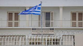 Яхта, шторм, мигранты, тюрьма: 14 россиян арестованы за перевозку нелегалов
