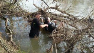 Перевозчик нелегалов сиганул в реку, спасаясь от погони