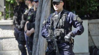 Греческим патрульным полицейским вернут автоматическое оружие