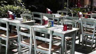 Кафе и рестораны откроются на второй неделе мая
