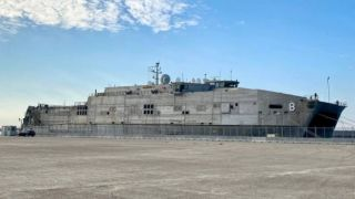 «USNS YUMA» ВМС США в порту Салоников