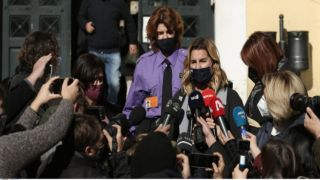 София Бекатороу дала показания в суде по делу об изнасиловании
