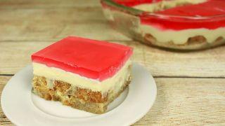 Торт без выпечки с желе, заварным кремом и сухарями