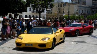 Десятки Ferrari прибыли в Патры