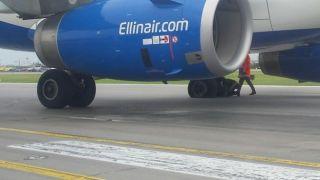 Самолет Ellinair рейса Ираклион-Москва съехал с полосы