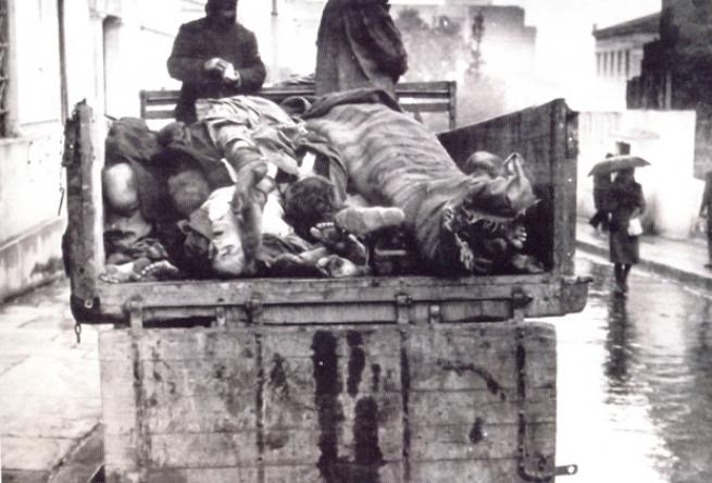«Немцы забрали у греков даже шнурки»