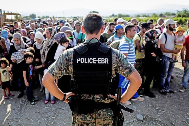 Болгария будет охранять границу сТурцией при помощи армии— министр обороны