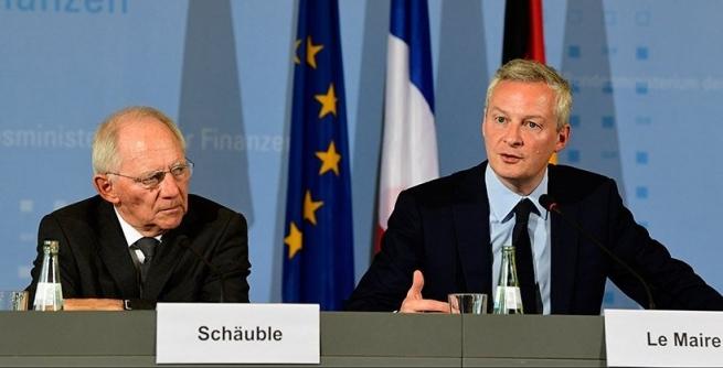 Руководитель МИД ФРГ предложил списать часть долга Греции