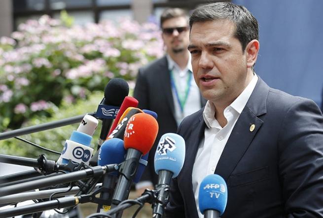 Еврогруппа остановила перевод финансовой помощи Греции из-за поднятия расходов