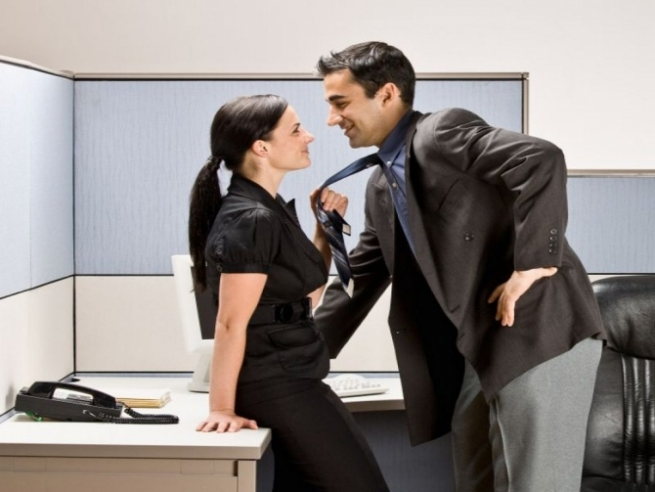 ВШвеции посоветовали позволить госслужащим заниматься сексом вобеденный перерыв