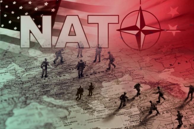 Македонию пригласят вНАТО, как только она сменит название