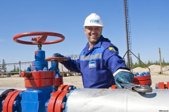 Медведев частично отпустил цены нагаз «Газпрома»