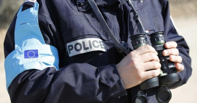 Германия экспортирует в Грецию полицейских