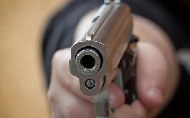 ВГреции впроцессе ограбления магазина произошла стрельба сполицией