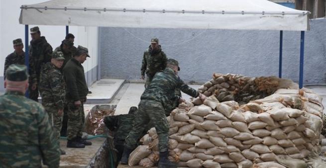 Эвакуация 72 граждан проводится вСалониках, где найдена авиабомба