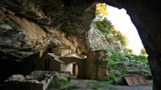 Пещера Пентели - кладязь спелеологов и уфологов